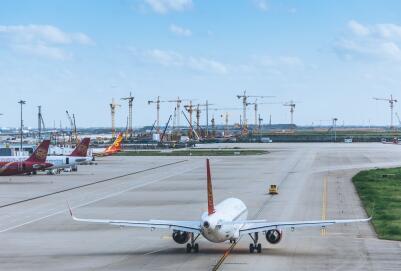 乌鲁木齐—武汉—新加坡航线5月18日开通