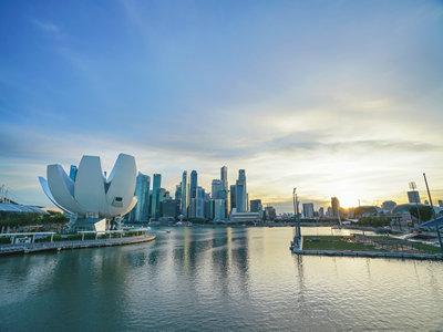 持有哪些国家签证在新加坡转机可免签?